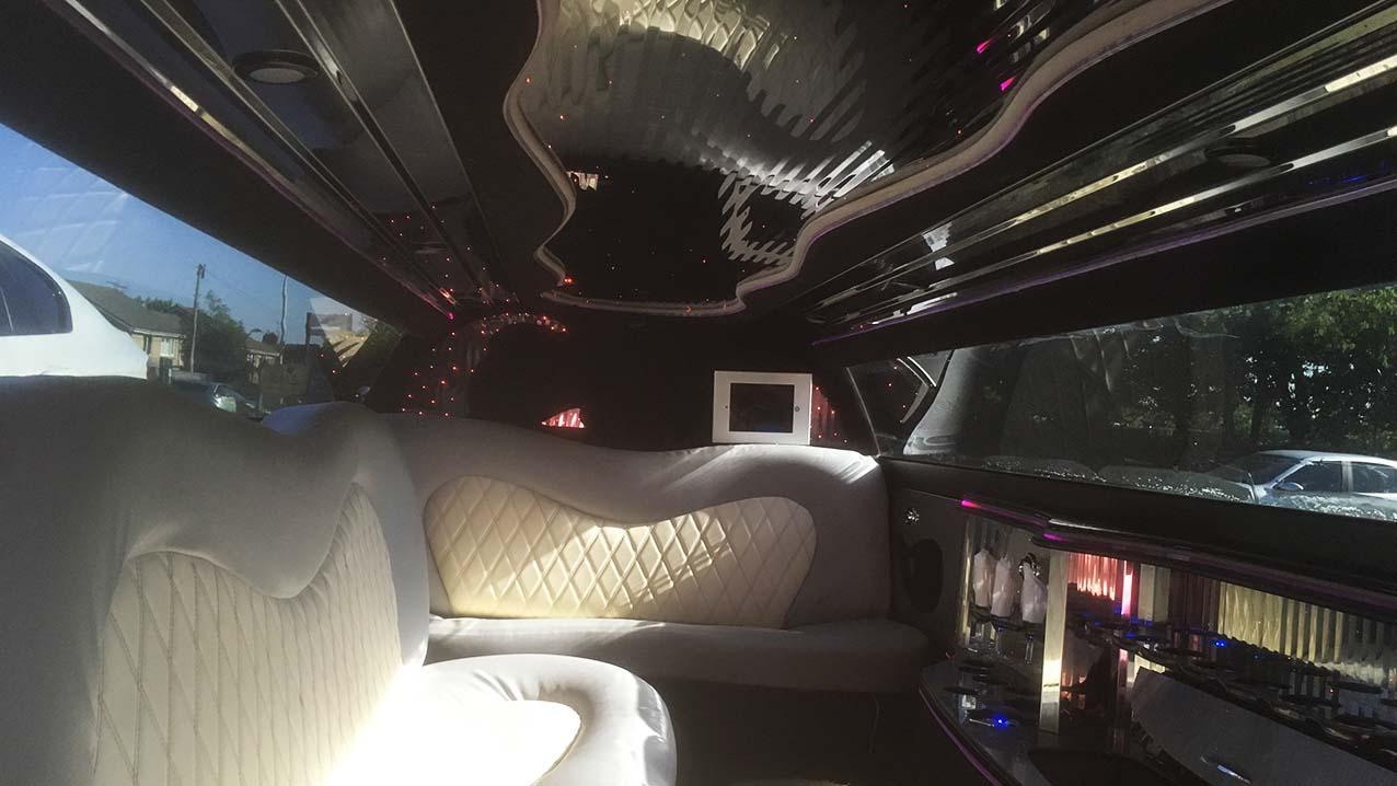 Chrysler 300c Stretch Limousine