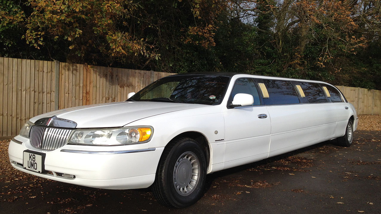 Lincoln USA 30ft Stretched Limousine