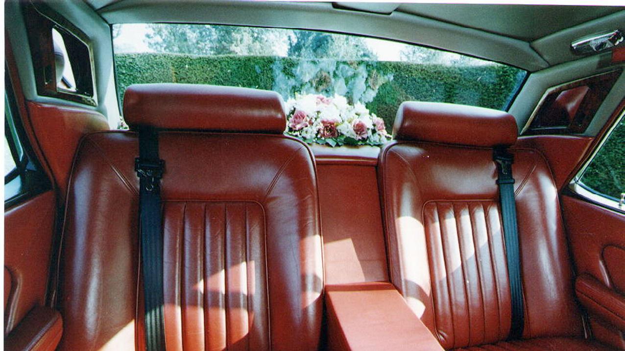 Rolls-Royce Silver Spirit