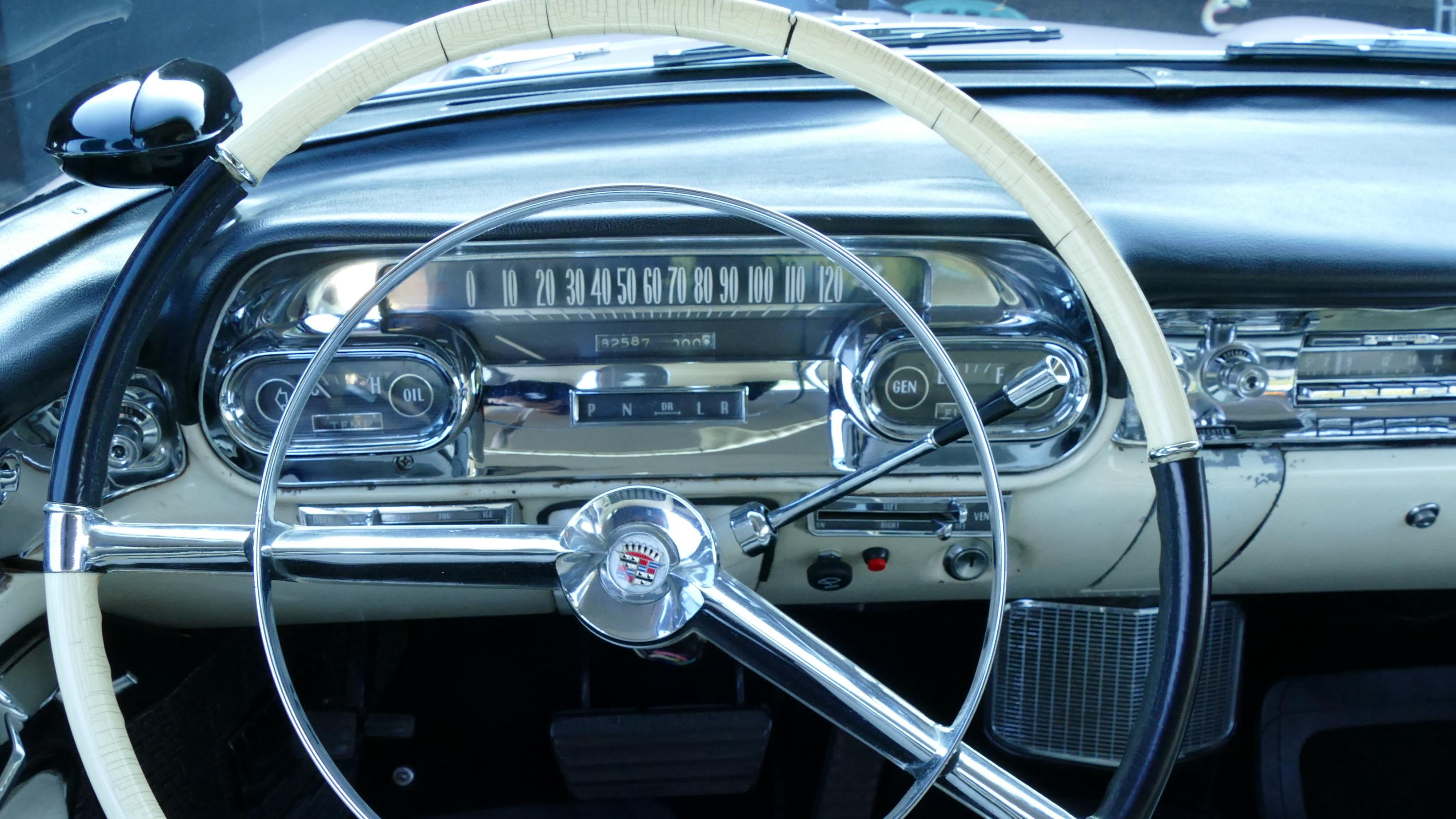 Cadillac Fleetwood Series 60 Special V8