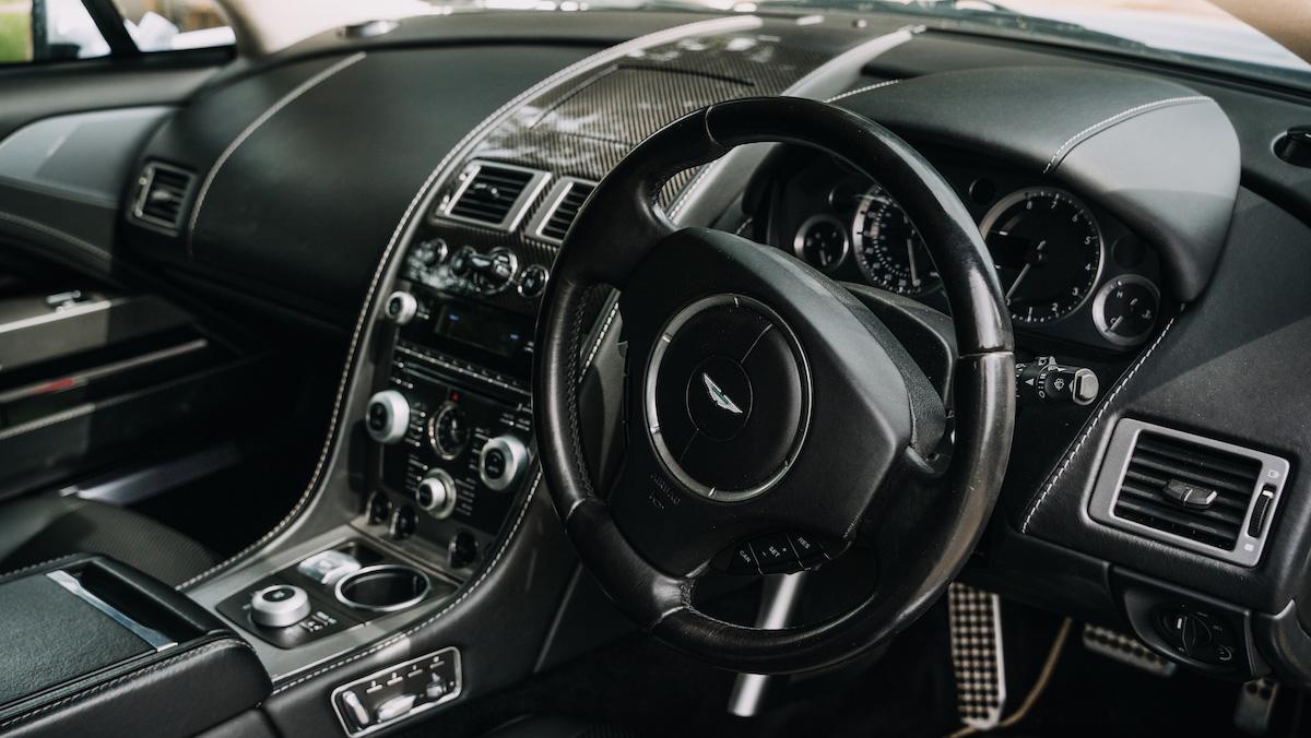 Aston Martin Rapide V12