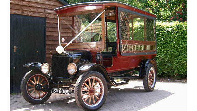 Ford Model 'T' Charabanc wedding car for hire in Lewes, East Sussex