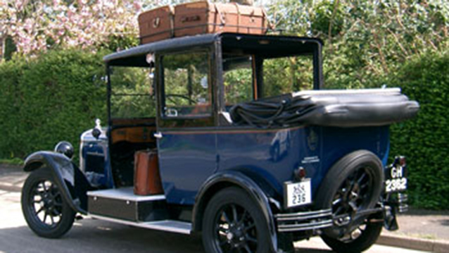 Austin Taxi Landaulette wedding car for hire in Porstsmouth, Hampshire