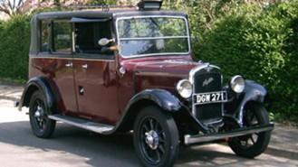 Austin Taxi Landaulette wedding car for hire in Portsmouth, Hampshire