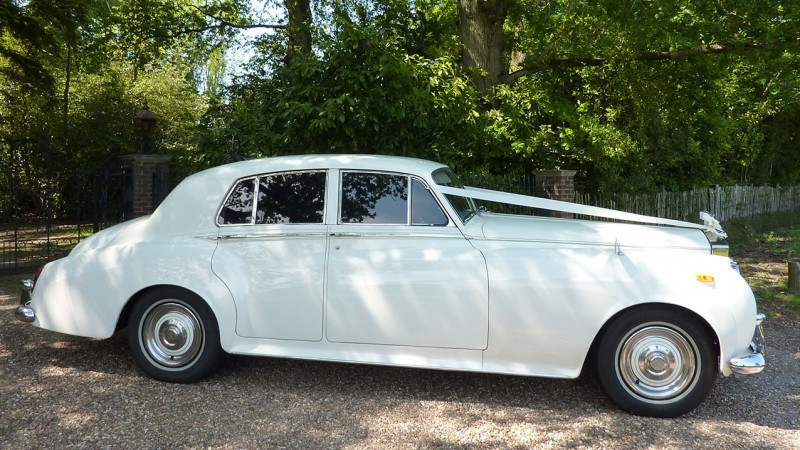 Rolls-Royce Silver Cloud II wedding car for hire in Cadnam, Hampshire