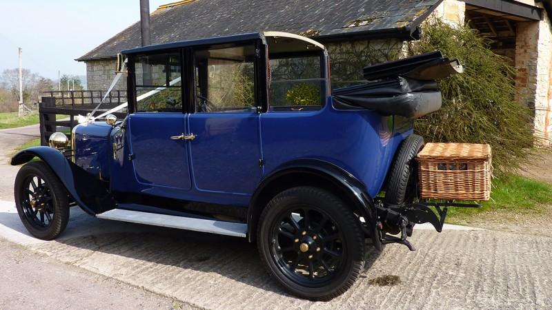 Austin Gordon 12/4 Landaulette wedding car for hire in Taunton, Somerset