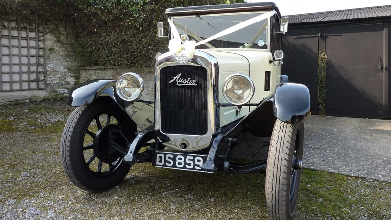 Austin Windsor wedding car for hire in Taunton, Somerset