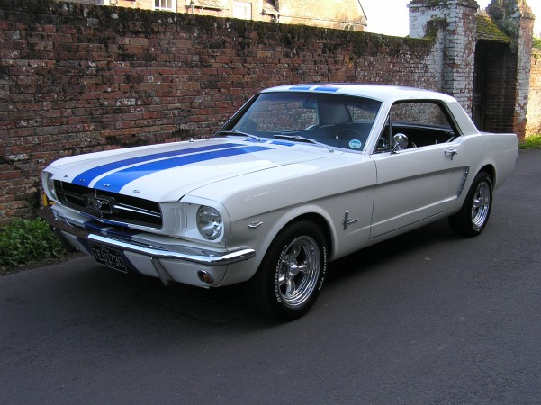 Ford Mustang wedding car for hire in Wimborne, Dorset