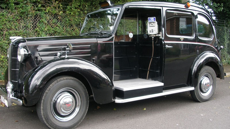 Austin Taxi FX3 London Cab wedding car for hire in Portsmouth, Hampshire