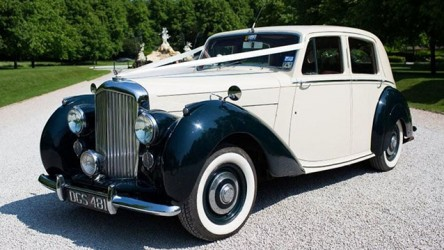 Bentley MK VI wedding car for hire in Marlow, Buckinghamshire