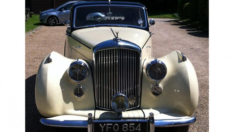 Bentley MK VI wedding car for hire in Chichester, West Sussex