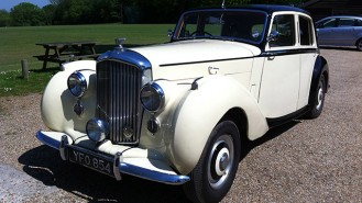 Bentley MK VI wedding car for hire in Chichester, West Sussex
