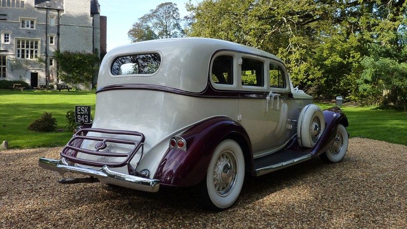 Pierce Arrow Limousine wedding car for hire in Bridgwater, Somerset