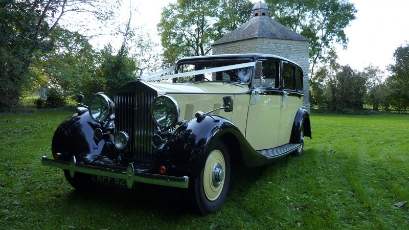 Rolls-Royce Wraith Limousine wedding car for hire in Bridgwater, Somerset