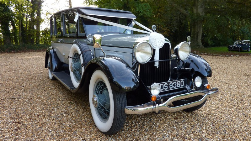 Lincoln Limousine wedding car for hire in Bridgwater, Somerset