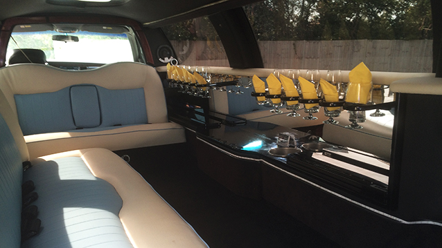 Lincoln USA 30ft Stretched Limousine wedding car for hire in Fareham, Hampshire