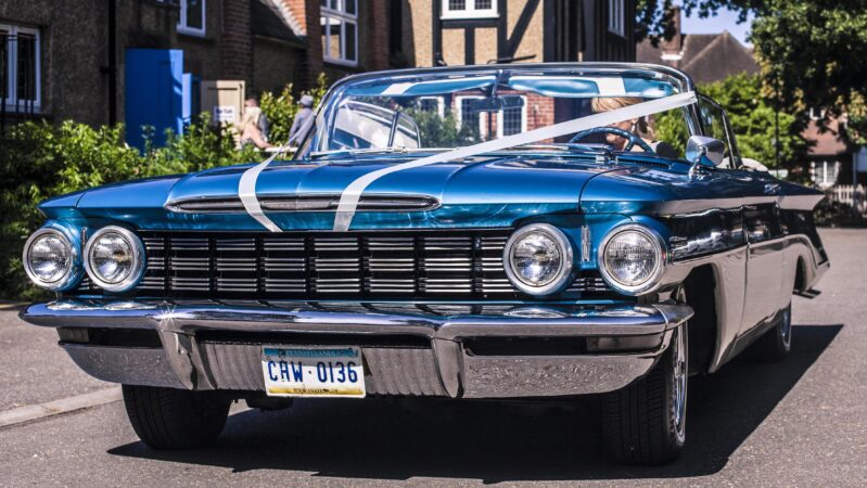 Oldsmobile Convertible wedding car for hire in Egham, Surrey