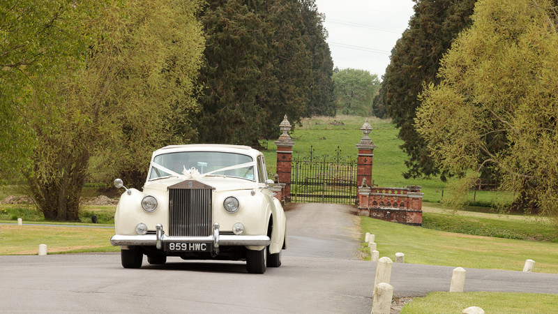 Rolls-Royce Silver Cloud II LWB wedding car for hire in Cadnam, Hampshire
