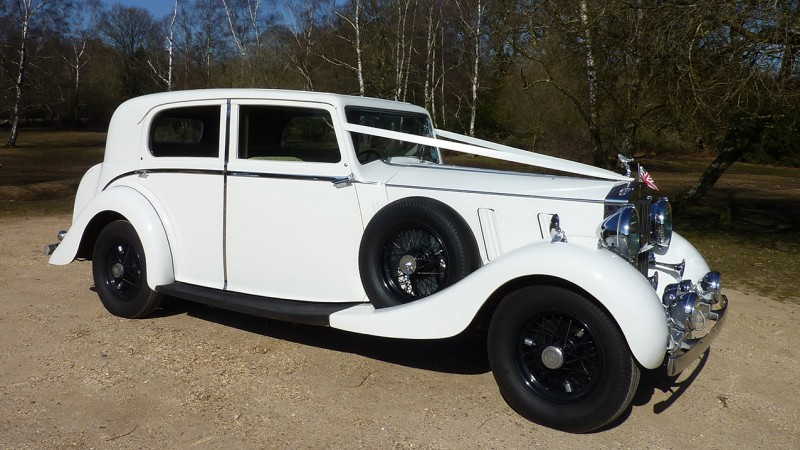 Rolls-Royce Phantom III Limousine wedding car for hire in Cadnam, Hampshire