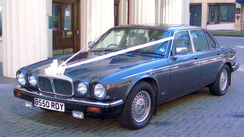 Daimler Sovereign III wedding car for hire in Lewes, East Sussex