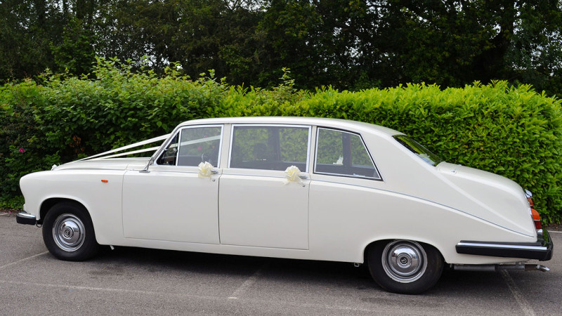A Pair of Daimler Limousines wedding car for hire in Southampton, Hampshire