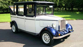 Asquith Landaulette Limousine wedding car for hire in Bexhill on Sea, East Sussex