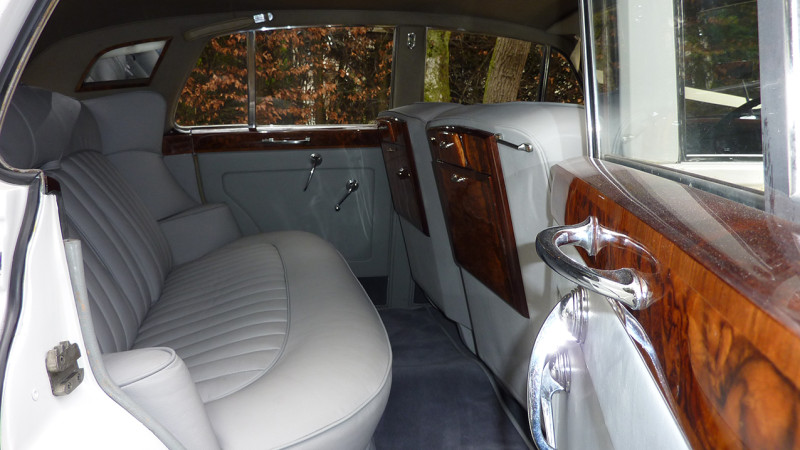 Rolls-Royce Silver Cloud I wedding car for hire in Wareham, Dorset