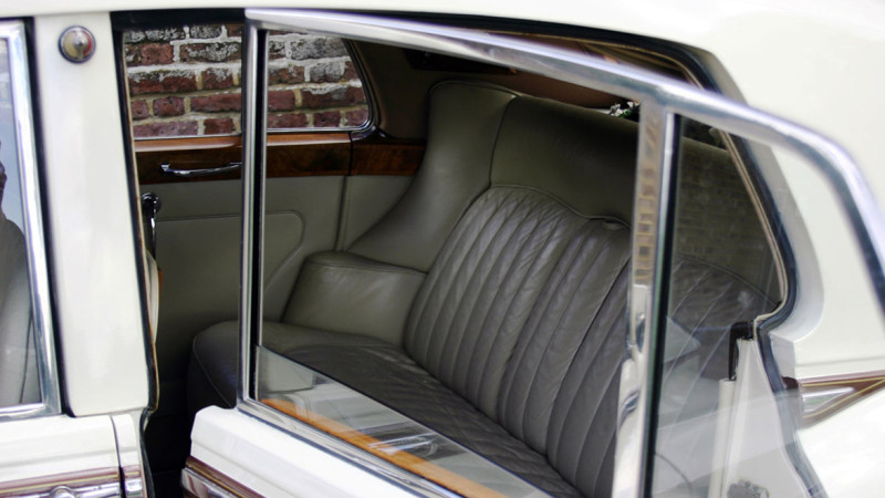 Rolls-Royce Silver Cloud III wedding car for hire in Cobham, West London