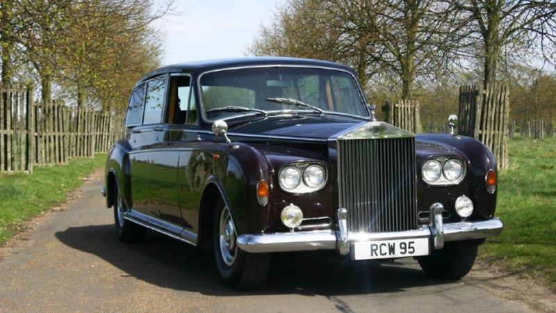 Rolls-Royce Phantom VI wedding car for hire in Cobham, West London