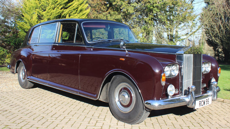 Rolls-Royce Phantom VI wedding car for hire in Richmond, West London