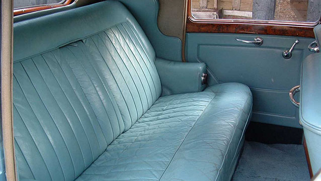 Bentley 'R' Type wedding car for hire in Hatfield, Hertfordshire