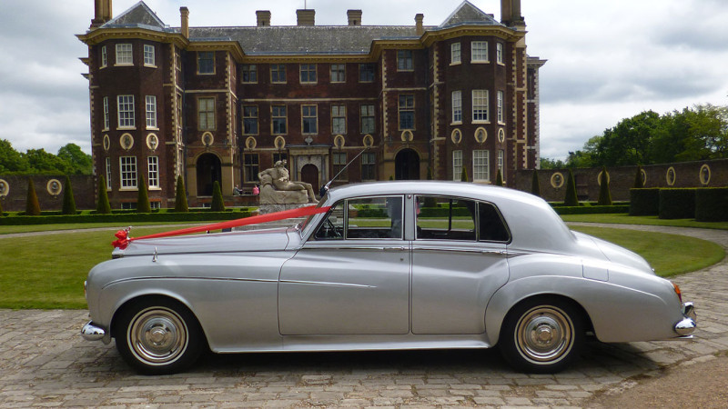Rolls-Royce Silver Cloud III wedding car for hire in New Malden, Surrey