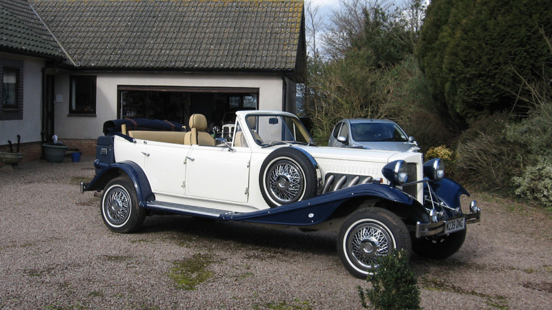 A Pair Of Vintage Style Beauford Convertibles Vehicle Ref 1050