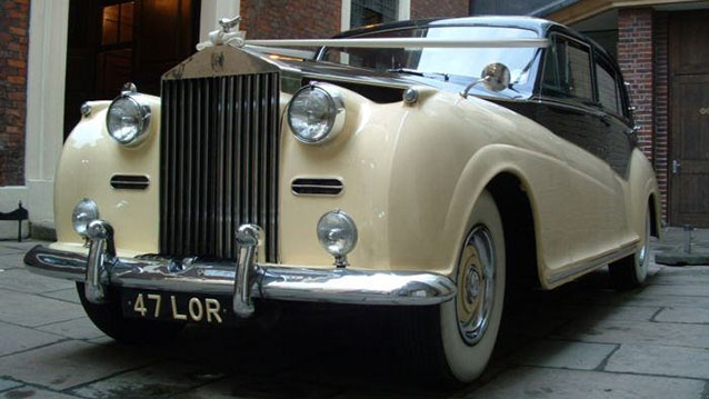 Rolls-Royce Silver Wraith wedding car for hire in Hatfield, Hertfordshire