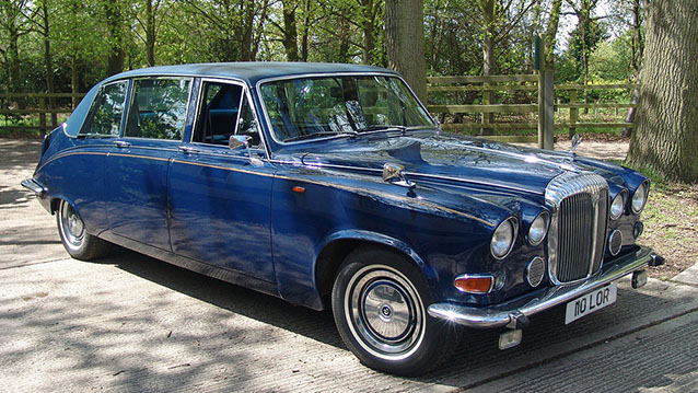 Daimler DS420 Limousine wedding car for hire in Hatfield, Hertfordshire
