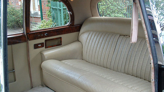 Daimler Majestic Major Limousine wedding car for hire in Hatfield, Hertfordshire
