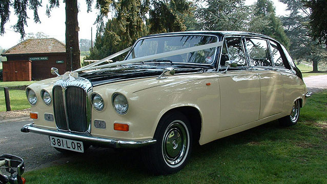 Daimler DS420 Limousine wedding car for hire in Hatfield, Hertfordshire