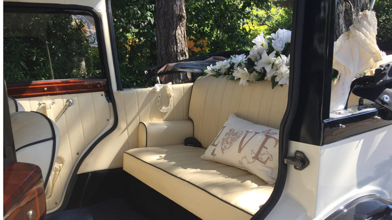 Badsworth Landaulette wedding car for hire in Ringwood, Hampshire