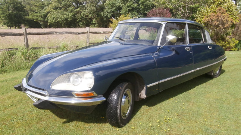 Citroen DS wedding car for hire in East Grinstead, West Sussex