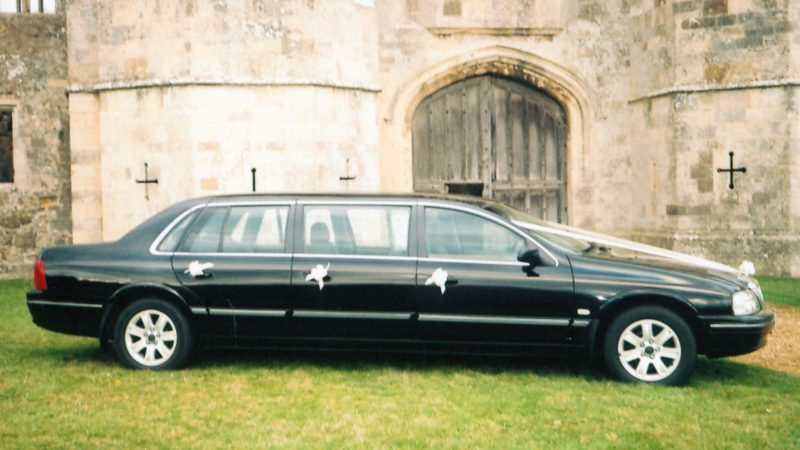 Ford Stretched Limousine wedding car for hire in Portsmouth, Hampshire