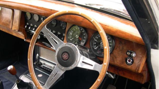 Jaguar MK II wedding car for hire in London