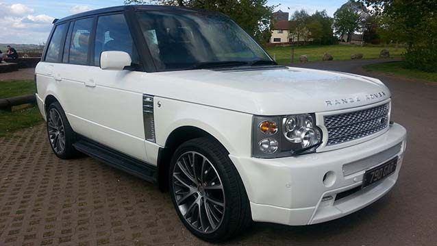 White Range Rover Vogue Wedding Car Hire in Newport and Cardiff, South Wales