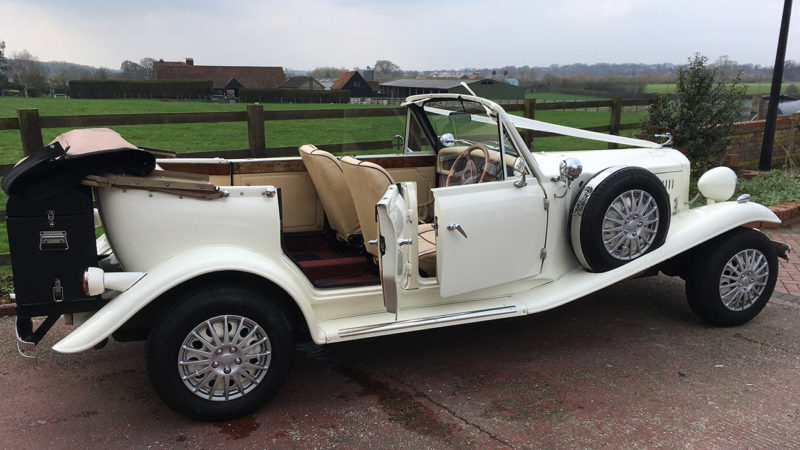 A Pair of Beauford Convertibles wedding car for hire in Hemel Hempstead, Hertfordshire