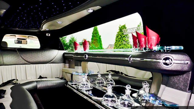 Chrysler 300c Stretched Limousine wedding car for hire in Manchester