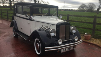 Regent Landaulette wedding car for hire in Chippenham, Wiltshire