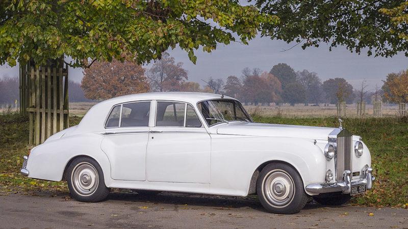 Rolls-Royce Silver Cloud II wedding car for hire in Cobham, West London