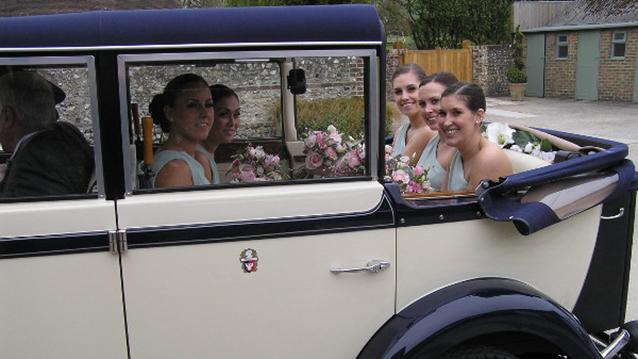 Regent Landaulette wedding car for hire in Hemel Hempstead, Hertfordshire