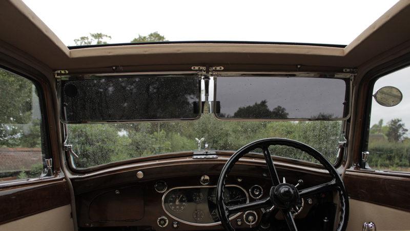 Rolls-Royce Carlton wedding car for hire in Warrington, Cheshire