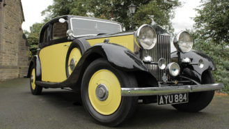 Rolls-Royce Carlton wedding car for hire in Warrington, Cheshire