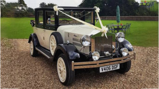 Imperial Viscount Landaulette wedding car for hire in Worcester Park, Surrey